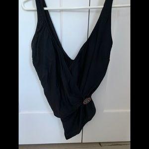 Black gottex swim suit w/red/white jewel button 16